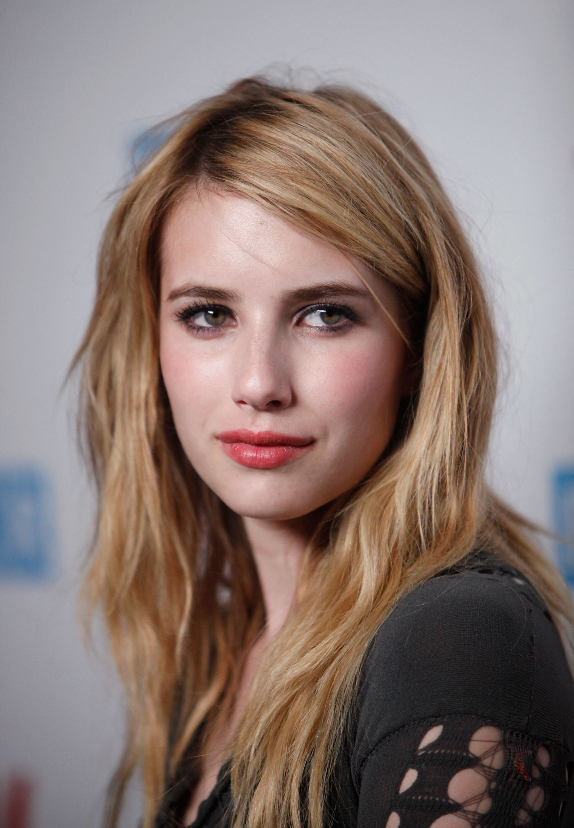 Emma Roberts actress face