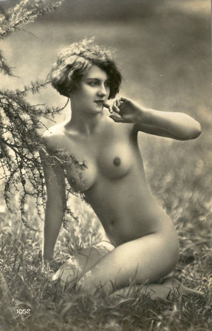 vintage nude photography boobs