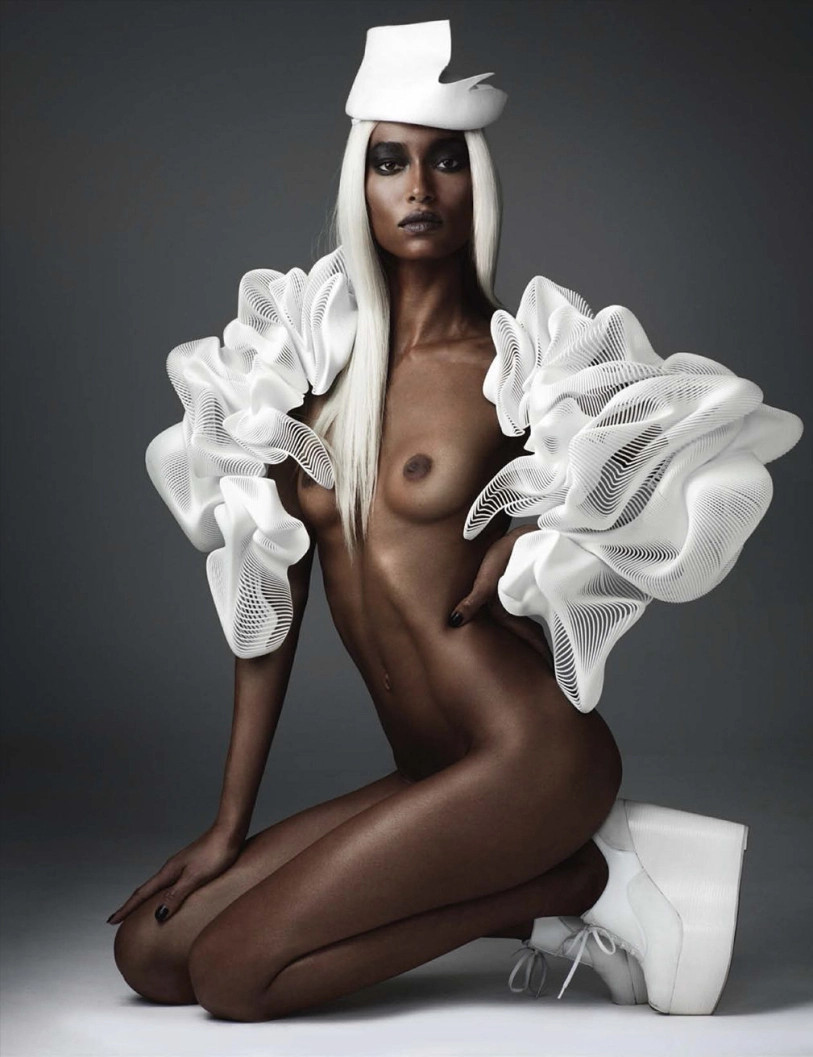 nude boobs fashionmodel Anais Mali