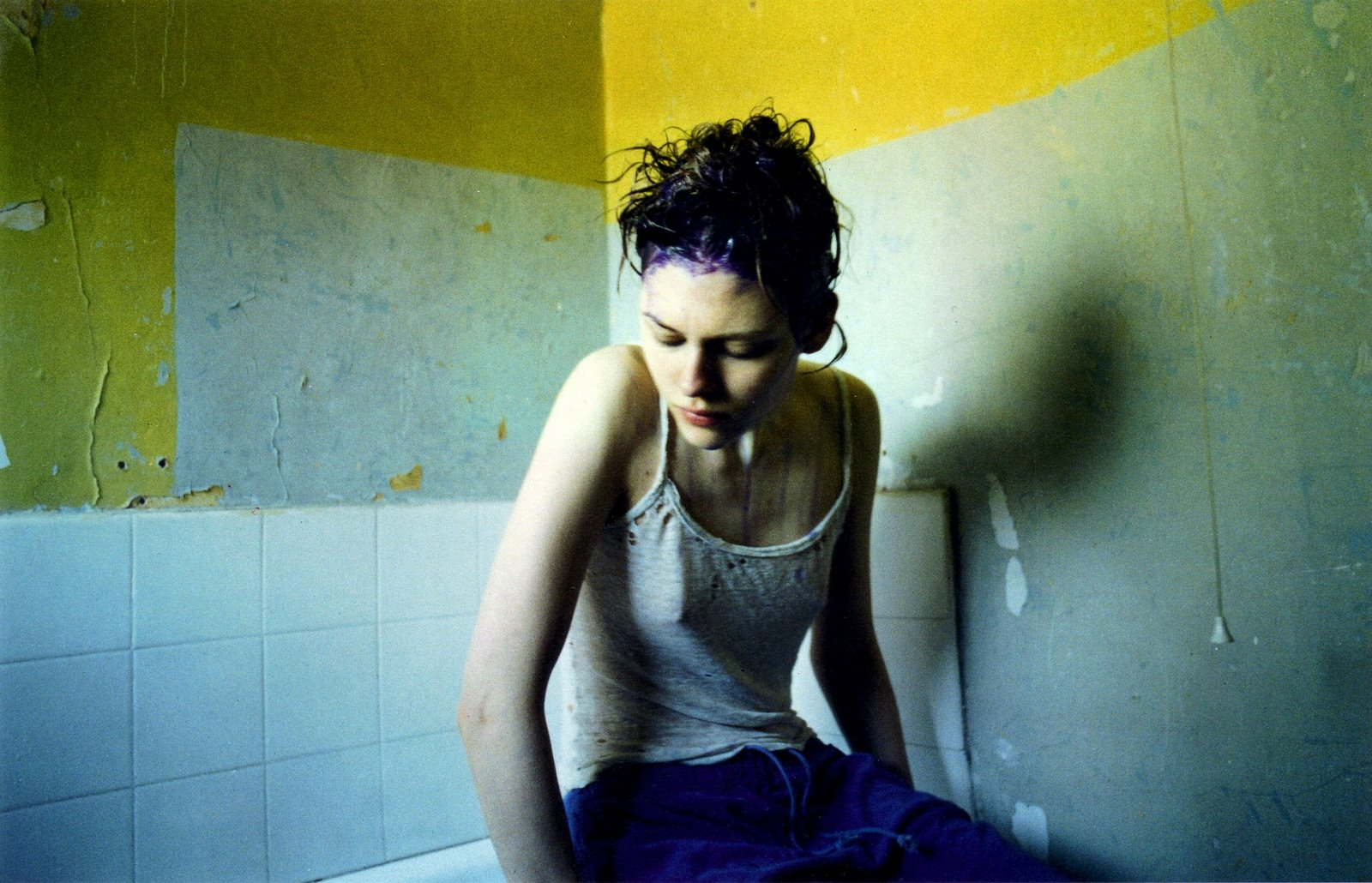 corinne-day photography braless pokies bath 2000