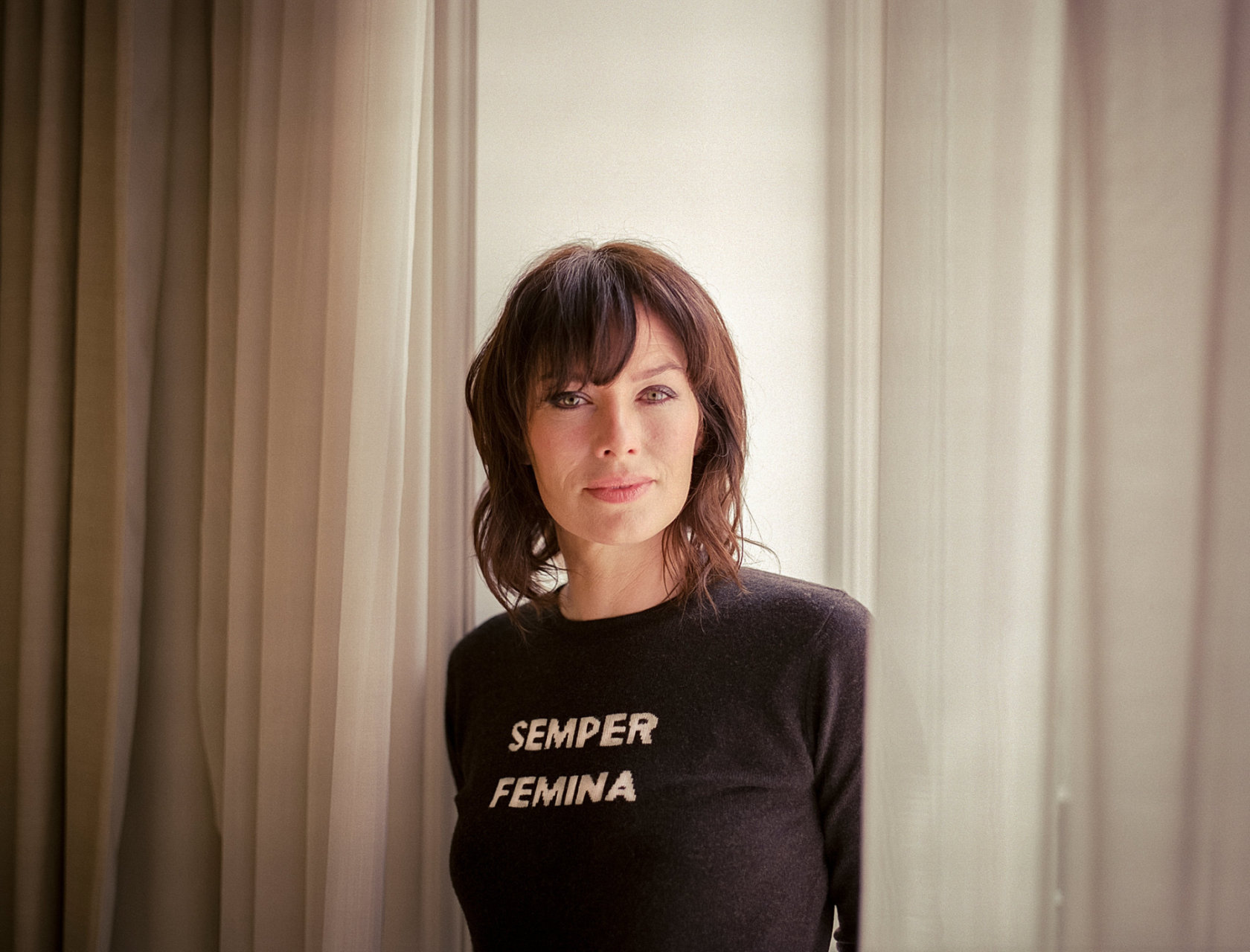 lena headey actress * 3-10-1973 MILF semper femina