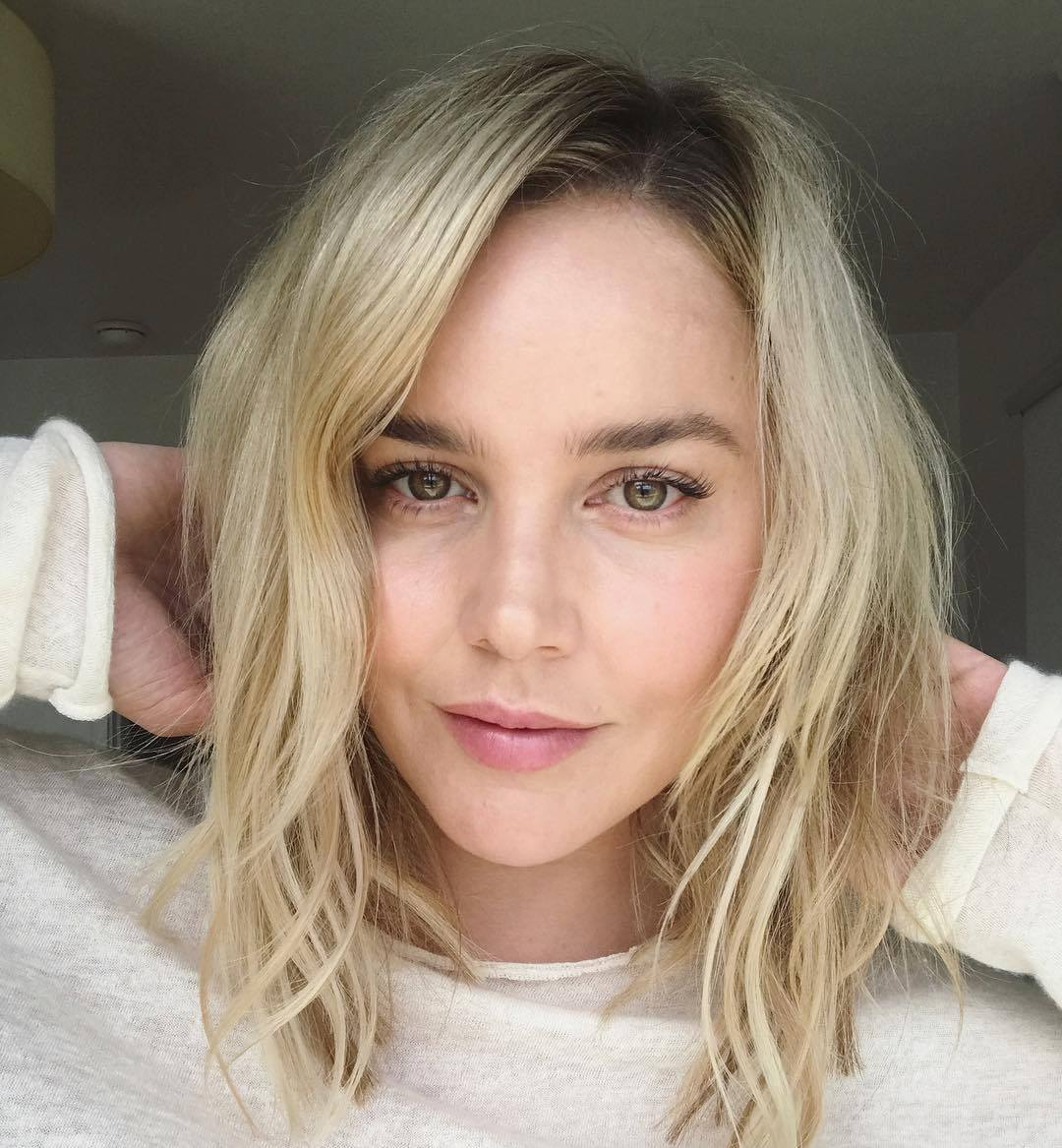 Abbie Cornish no makeup lol < hirni < urTHEidiot incel .