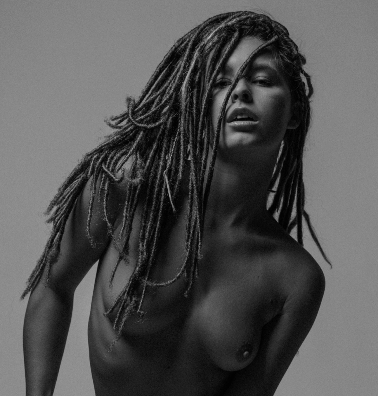marisa-papen nude boobs dreads topless