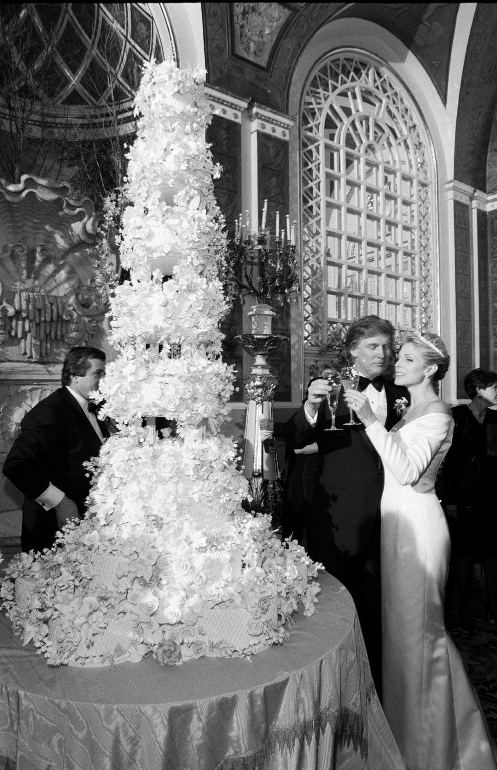 trump wedding maples 1993 #p#e#n#i#s# *v*a*g*i*n*a* wedding cake muhahahahahahahahaha rich idiots