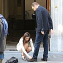 2013/12/weknowmemes-you-may-be-cool-liam-neeson-getting-his-shoes-tied-by-olivia-wilde