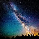 2014/01/nature-sky-night-scenic-view-sci-fi-science-fiction-stars-galaxy-milky-way-dust-color-trees-mountain-forest-1920x1200