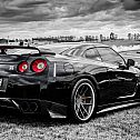 2014/12/nissan-black-and-white-cars-2807111-1680x987