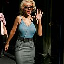 2016/11/wpid-96026-christina-aguilera-see-through-03-565lo1